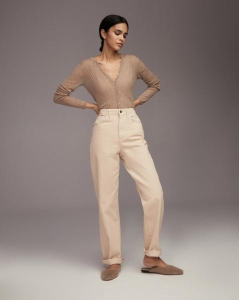 Кремовые джинсы— абсолютный мастхэв осени 2021. И вот 10 модных доказательств