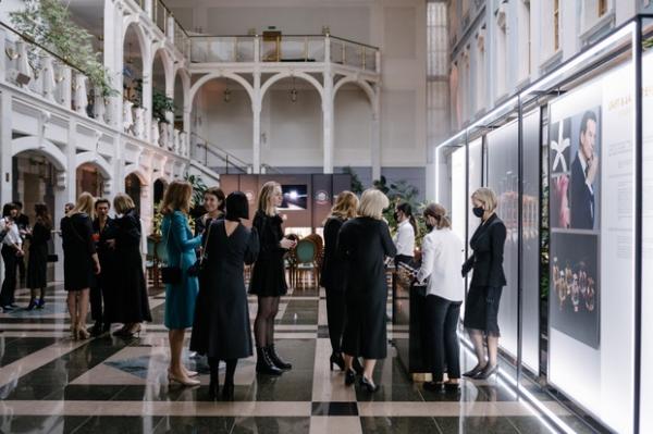 L'art & La matiere: как прошла пресс-конференция высокой парфюмерии коллекции ароматов Guerlain в Большом театре