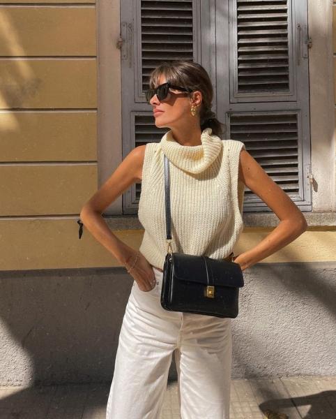 Осенью вам точно нужен вязаный жилет, как у француженки Жюли Феррери