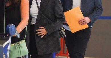 Первое появление Аны де Армас с бойфрендом-миллионером из Тиндера