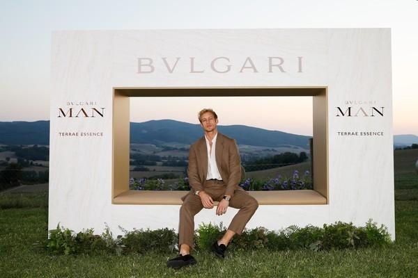 Под высоким небом Тосканы: как прошел красивый ужин Bvlgari в честь запуска нового аромата Man Terrae Essence