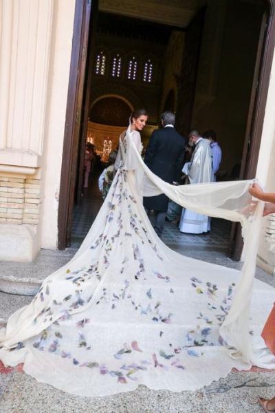 Свадебный #newlook: платье невесты с пестрыми цветами импрессионистов