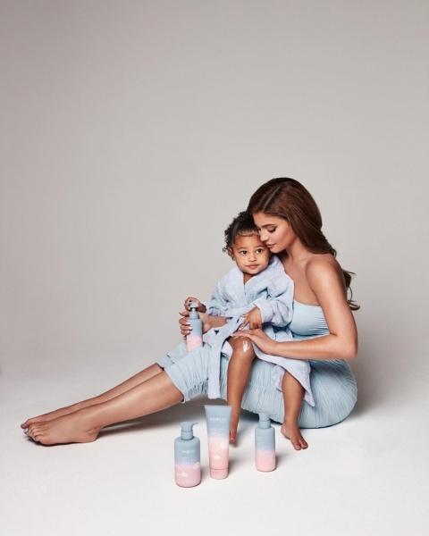 Все лучшее— детям: Кайли Дженнер запускает линию косметики для детей
