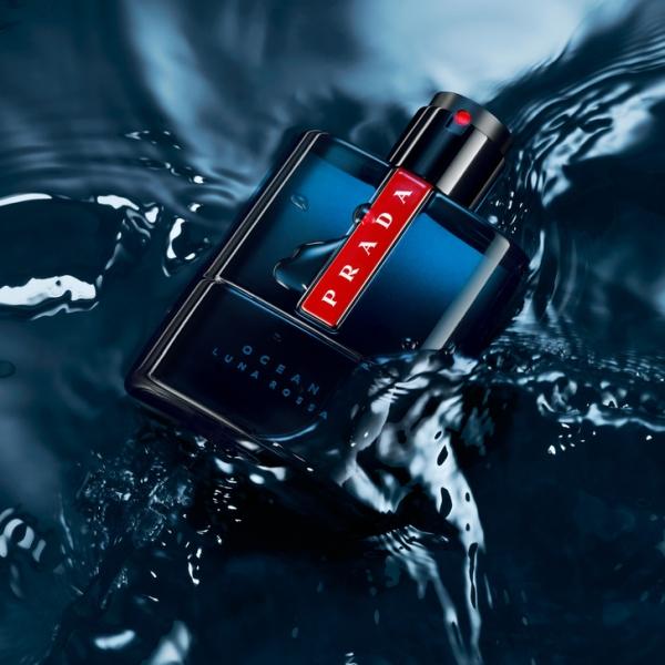 Blue fall: чем пахнет новый аромат Prada, которым пользуется Джейк Джилленхол