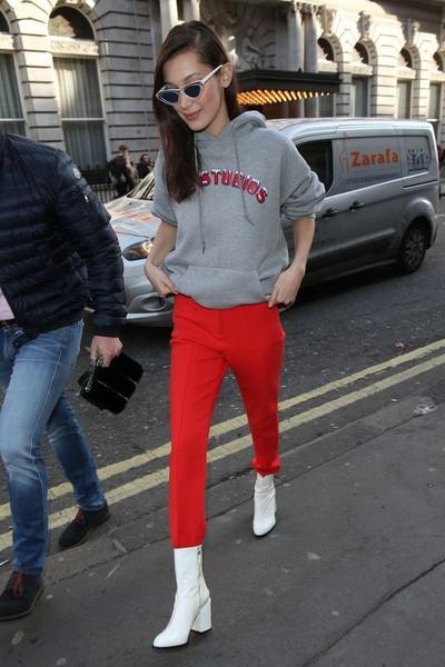 Никто не носит красные вещи эффектнее, чем Белла Хадид: 17 доказательств