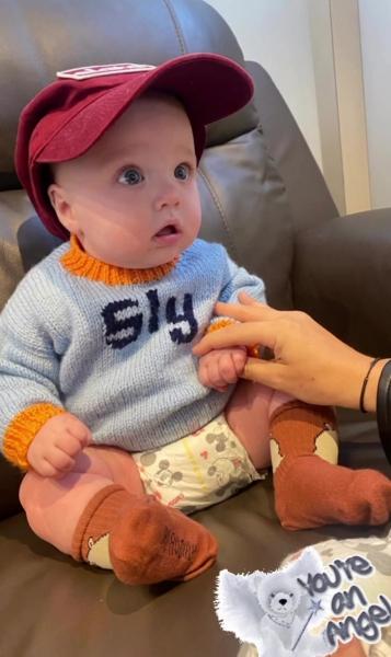 Просто прелесть. Супермодель Эмили Ратаковски впервые показала лицо сына